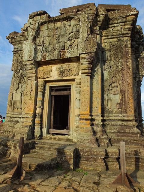 Phnom Bakheng ® Doré Elisa