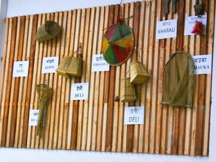 Accessoires de danse - Chitwan - Népal © Doré. Elisa