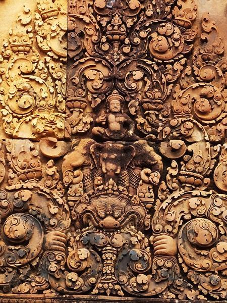 Indra sur Airavata, son éléphant tricéphale