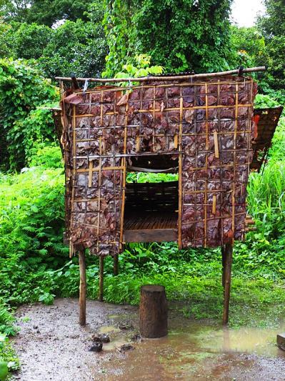 Maison pour garçons - Kroeung