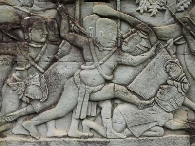 Soldat khmer écrasant un Cham