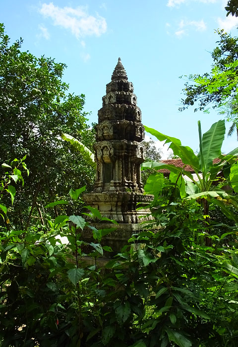 Temple - Koh Trong