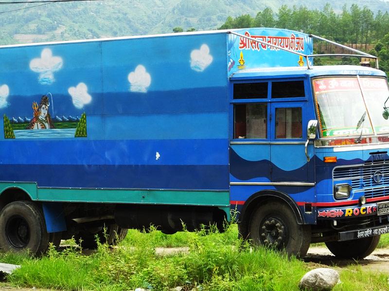 Camion étrange - Népal © Doré. Elisa