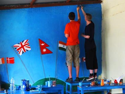 Fresque Drapeaux - Népal 2015 © Doré. Elisa