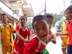 Les mannequins de demain - Katmandu satpragya school - Népal 2015 © Doré. Elisa