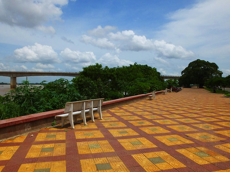 Promenade sur le Mékong - Konmpong Cham