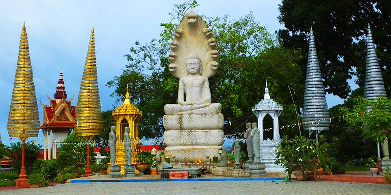 Victory monument - Sihanoukville